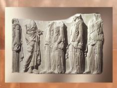 D'après une frise du Parthénon, acropole d'Athène, marbre, vers 440 avjc, Grèce Antique. (Marsailly/Blogostelle.)