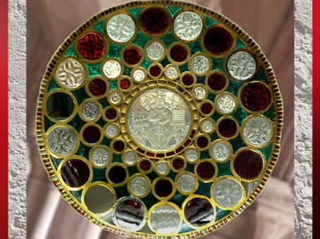 D'après la coupe de Chosroes, dite de Salomon, art Sassanide, VIe-VIIe siecle, Trésor de Saint-Denis. (Marsailly/Blogostelle)