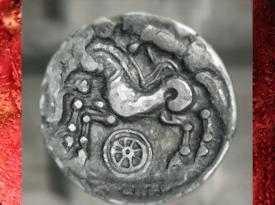 D'après le thème de la Roue, associée au cheval, sur une statère (monnaie),vers IIe siècle avjc, période de l'âge du Fer, art celte. (Marsailly/Blogostelle)