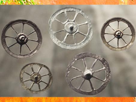 D'après des rouelles votives de l'âge du Fer, VIIIe avjc- Ier siècle apjc. (Marsailly/Blogostelle)