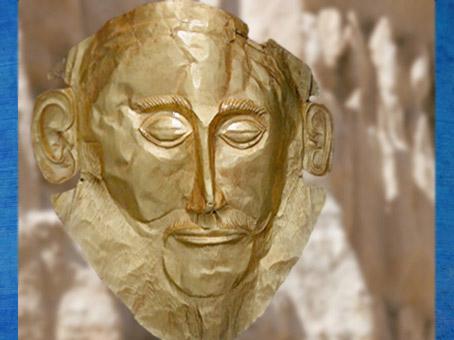 D'après le masque dit d'Agamemnon, en or massif, Mycènes, XVIe siècle avjc. (Marsailly/Blogostelle)