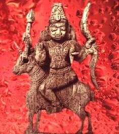 D'après une image du dieu Soma, divinité védique qui confère l'immortalité, Inde ancienne. (Marsailly/Blogostelle)