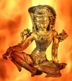 D'après une ronde bosse du dieu védique Indra, dieu de l'Orage, XVIe siècle apjc, art du Népal. (Marsailly/Blogostelle.)