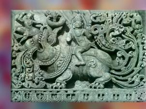 D'après le dieu Varuna sur son makara, créature aquatique, art Hoysala, XIe-XIVe siècle apjc, Karnakata, Inde ancienne. (Marsailly/Blogostelle)