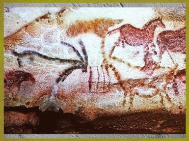 D'après des bouquetins affrontés, grottes de Lascaux, Dordogne, vers 18 000 ans avjc, Magdalénien, France, paléolithique supérieur. (Marsailly/Blogostelle)