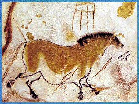 """D'après le """"Cheval chinois"""" et signe, grotte de Lascaux, vers 18 000 ans avjc, magdalénien, Dordogne, France, paléolithique supérieur. (Marsailly/Blogostelle)"""