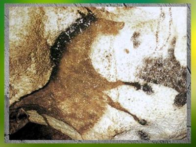 D'après un cheval renversé, grottes de Lascaux, Dordogne, France, Magdalénien, paléolithique supérieur. (Marsailly/Blogostelle)