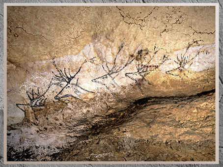 D'après un troupeau de cerfs, grotte de Lascaux, vers 18 000 avjc, magdalénien, Dordogne, France, paléolithique supérieur. (Marsailly/Blogostelle)