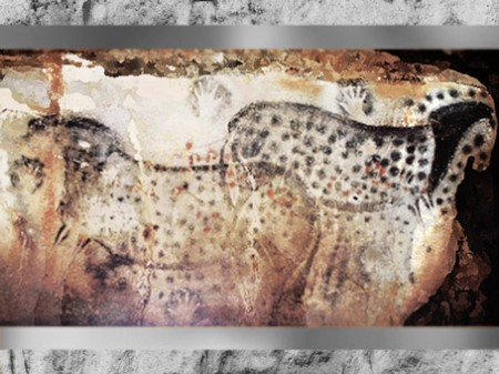 D'après des chevaux associés à des mains, grotte du Pech Merle, vers 20 000 ans avjc, Lot, France, paléolithique supérieur. (Marsailly/Blogostelle)
