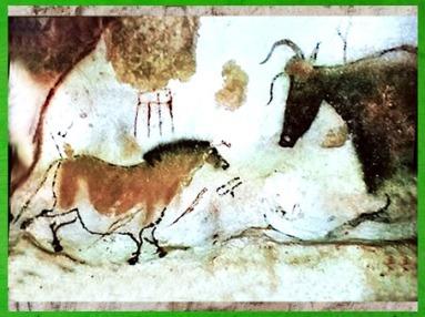 D'après un cheval, taureau et signes, grotte de Lascaux, vers 18 000 ans avjc, Magdalénien, Dordogne, France, Paléolithique supérieur. (Marsailly/Blogostelle)