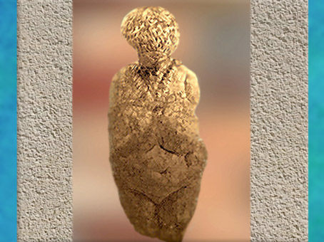 D'après une vénus nue et parée, Russie, gravettien, paléolithique supérieur. (Marsailly/Blogostelle)
