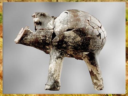 D'après un vase zoomorphe, taureau, terre cuite, vers 4800 avjc, culture rubané, Aubevoye, Eure, France, néolithique. (Marsailly/Blogostelle)