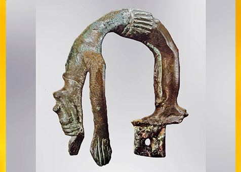 D'après une figurine, danse rituelle, bronze, Grevensvaenge, Danemark, âge du Bronze. (Marsailly/Blogostelle)