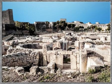D'après l'enceinte des temples de Tarxien, mégalithes, Hal Saflieni, IVe- IIIe millénaire avjc, Malte, néolithique. (Marsailly/Blogostelle)