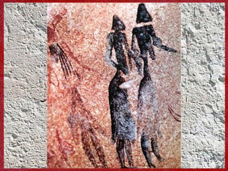 D'après des femmes vêtues de jupes en peau, peintures rupestres, vers 8 000 avjc, Lérida Espagne, du mésolithique au néolithique. (Marsailly/Blogostelle)