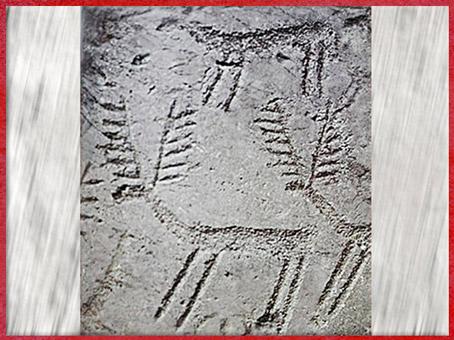 D'après des motifs de cervidés gravés, Italie, art rupestre, âge du Bronze. (Marsailly/Blogostelle)
