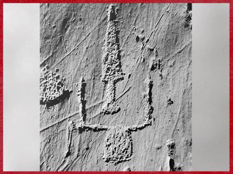 D'après une lance et bovidé, art rupestre, mont Bego, Vallée des Merveilles, fin IIIe-début IIe millénaire avjc, Alpes Maritimes, âge du Cuivre et du Bronze. (Marsailly/Blogostelle)