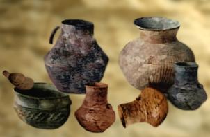 D'après des poteries de Videlles, Essonne, France,âge du Bronze. (Marsailly/Blogostelle)