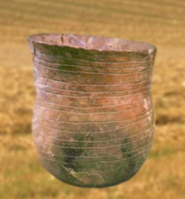 D'après un vase campaniforme de l'âge du Bronze. (Marsailly/Blogostelle.)