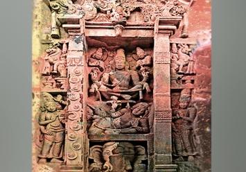 D'après Shiva grand Yogin, haut-relief, temple de Kailâsanâtha, dynastie Pallava, VIIIe siècle, Tamil Nadu, époque classique, Inde ancienne. (Marsailly/Blogostelle)