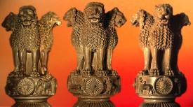 D'après le chapiteau de Sârnâth, IIIe siècle avjc, Bihar, Inde du Nord, art Maurya. (Marsailly/Blogostelle)