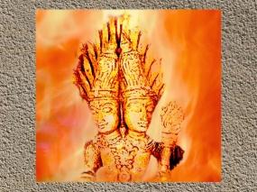 D'après Agni, grande divinité védique du Feu, sur un décor XVIIe-XVIIIe siècle, Tamil Nâdu, Inde du sud. (Marsailly/Blogostelle.)