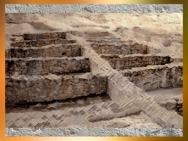 D'après les vestiges de construction en pierres, Entremont, Sud de la France, Gaule celtique. (Marsailly/Blogostelle)