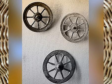 D'après des rouelles votives, art celte, premier âge du Fer. (Marsailly/Blogostelle)