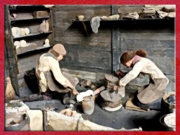 D'après un atelier de bronzier, oppidum de Bibracte, La Tène, Gaule celtique. (Marsailly/Blogostelle)