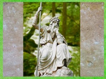 D'après une statue de druide, parc de Croome Worcester, Worcestershire, Royaume-Uni. (Marsailly/Blogostelle)