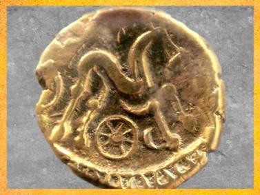 D'après le Cheval, la Roue Solaire, la Lune, statère des Suessions, région de Soissons, Picardie, Ier siècle avjc, Gaule celtique. (Marsailly/Blogostelle)