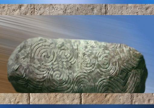 D'après des motifs de spirales, mégalithes de Newgrange, Irlande, période néolithique. (Marsailly/Blogostelle)
