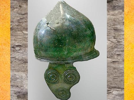 D'après un casque celte italique, IIe-Ie siècle avjc, Italie, période de La Tène, deuxième âge du Fer,(Marsailly/Blogostelle)