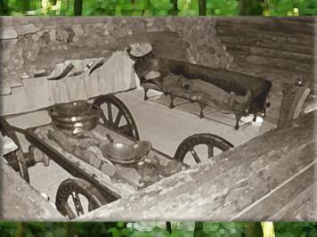 D'après une reconstitution de la tombe celte de Hochdorf, à char, VIe siècle avjc, période de Hallstatt, premier âge du Fer. (Marsailly/Blogostelle)
