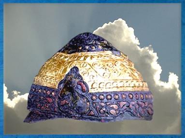 D'après le casque d'Amfreville, bronze, émail, fer, et or, Normandie,IVe-IIIe siècle avjc, Gaule celtique, La Tène, deuxième âge du Fer. (Marsailly/Blogostelle)