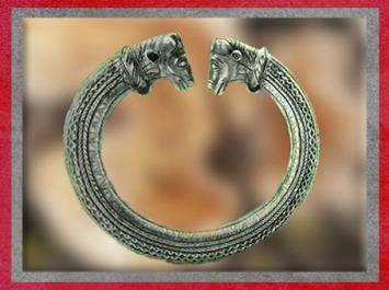 D'après un torque, bronze et argent, dépôt marais, objet votif, 7kg, IVe-Ier siècle avjc, Allemagne, La Tène, art Celte. (Marsailly/Blogostelle)