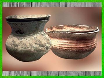 D'après des urnes funéraires, céramique, La Tène, deuxième période de l'âge du Fer. (Marsailly/Blogostelle)