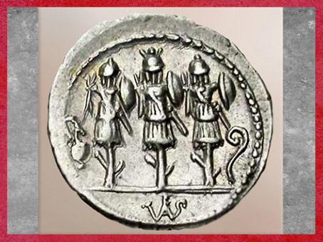 D'après des trophées, denier de la République romaine, Ve-Ier siècle avjc, Rome. (Marsailly/Blogostelle)