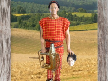 D'après un aristocrate gaulois avec l'emblème guerrier du sanglier, oppidum de Bibracte, La Tène, Gaule celtique. (Marsailly/Blogostelle)