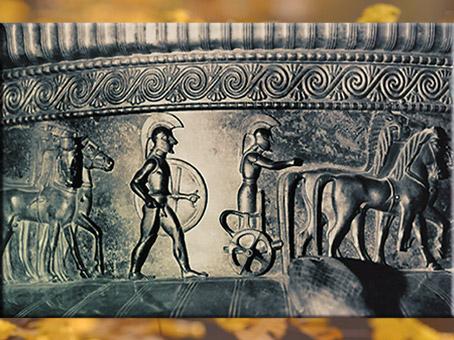 D'après la frise de guerriers, bronze, cratère de la tombe celte de Vix, Ve siècle avjc, Bourgogne, fin Hallstatt-La Tène, âge du Fer. (Marsailly/Blogostelle)