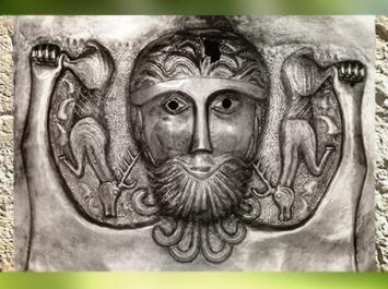 D'après le thème du Cerf, chaudron de Gundestrup, métal or et argent, Ier siècle avjc, Danemark, âge du Fer, art Celte. (Marsailly/Blogostelle)