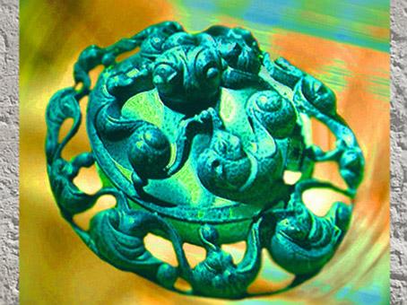 D'après les motifs spiralés de l'art celte, élément décoratif, vers 450 à 52 avjc, civilisation de La Tène, deuxième âge du Fer. (Marsailly/Blogostelle)