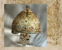 D'après le casque d'Agris, style végétal continu, IVe siècle avjc, Charente, en France. (Marsailly/Blogostelle.)