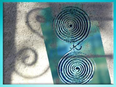 D'après des fibules de l'art celte, double spirale, civilisation de Hallstatt, vers 750 à 450 avjc, premier âge du Fer. (Marsailly/Blogostelle)