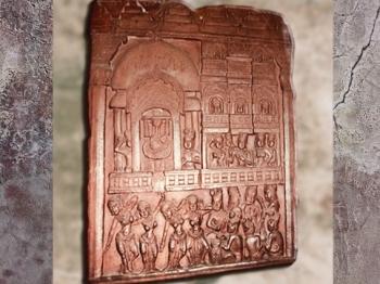 D'après L'Assemblée des Dieux, Bhârhut, bas-relief sculpté, IIe siècle avjc, Madhya Pradesh, Nord, Inde ancienne. (Marsailly/Blogostelle)