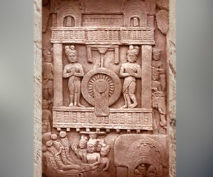 D'après un palais et la Roue de la Loi, IIe siècle avjc, Bharhût, Madhya Pradesh, Nord, Inde ancienne. (Marsailly/Blogostelle)