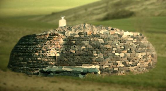 D'après des stûpas bouddhiques érigés à Sânchî, au Madya Pradesh, Nord, Inde ancienne. (Marsailly/Blogostelle)