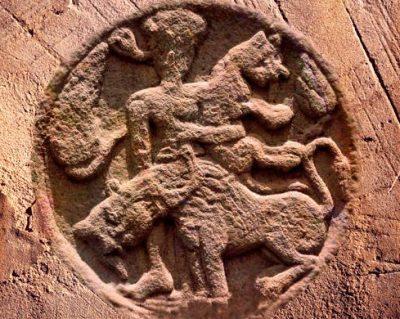 D'après un personnage et des animaux, bas-relief, Sanchî 2, Madhya Pradesh, Nord, Inde ancienne. (Marsailly/Blogostelle)