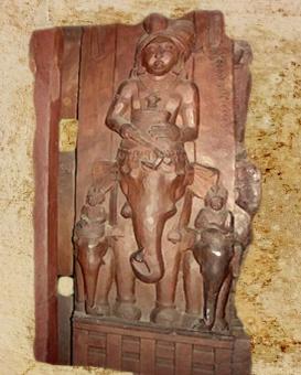 D'après un cavalier à dos d'éléphant,relief, stûpa de Bhârhut, IIe siècle avjc, Madhya Pradesh,Nord, Inde ancienne. (Marsailly/Blogostelle)