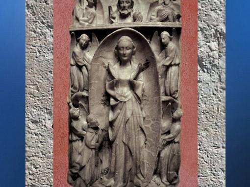 D'après un élément de retable anglais, albâtre sculpté, XVe sicèle. Vierge et Mandorle. (Marsailly/Blogostelle)